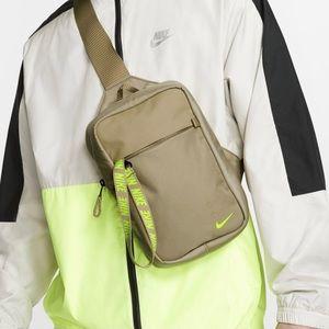 NWT Nike Sportswear Essentials 5L Hip Sling Pack